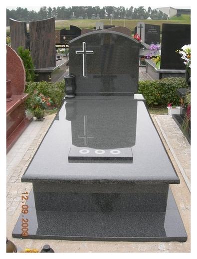 Granit na nagrobki